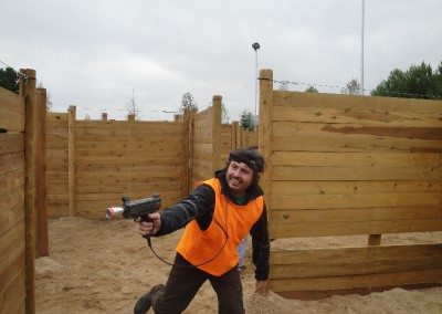 Laberinto laser tag madrid multiaventura park cumpleaños colegios empresas parque europa