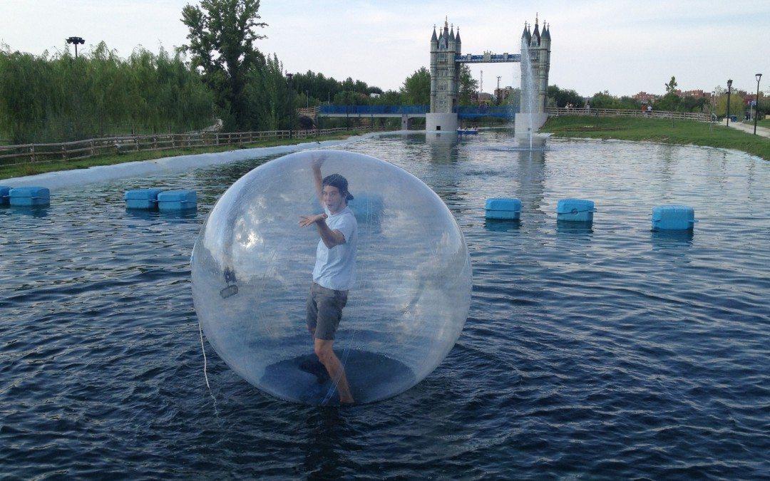 Bolas y rulos acuáticos