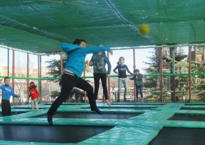 camas elasticas dodgeball parque europa cumpleaños colegios