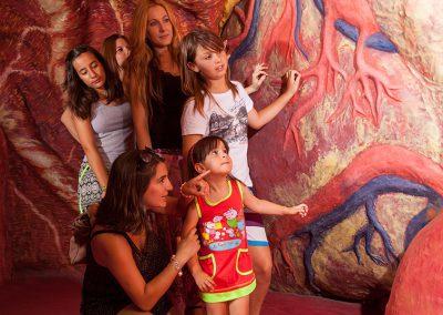 la mujer gigante colegios grupos excursiones escolares educación parque europa